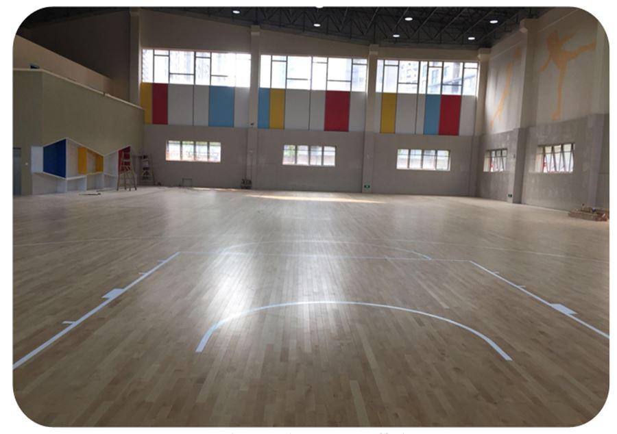 洪山第一小学运动木地板篮球馆.JPG